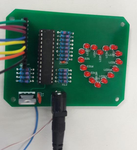 PCB con PIC16F886